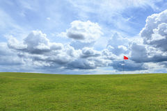 Rode pool op groen golf Stock Foto's