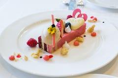 Rode Rose Velvet Cake royalty-vrije stock afbeelding