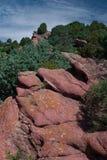 Rode rotsen Stock Afbeeldingen
