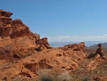 Rode rotsvormingen in Vallei van het Park van de Brandstaat, Nevada Stock Fotografie