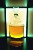 Rode rustieke fles zure geïsoleerde likeur Nationale dranken royalty-vrije stock afbeelding