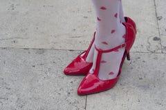 Rode sandals Royalty-vrije Stock Afbeeldingen