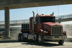 Rode semi vrachtwagencabine Stock Fotografie