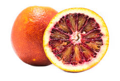 Rode sinaasappel op een witte achtergrond Royalty-vrije Stock Afbeeldingen