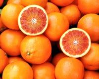 Rode sinaasappelen van Sicilië, Italië Stock Foto's