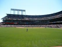 Rode Sox-tribune op gebied vóór hoogte aan Reuzenbeslag stock fotografie