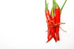 Rode Spaanse peperpeper op witte achtergrond geïsoleerde verse hete Spaanse peper Stock Afbeelding