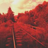 Rode spoorweg royalty-vrije stock afbeelding