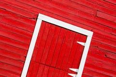 Rode staldeur Royalty-vrije Stock Afbeeldingen
