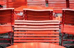 Rode Stoelen stock foto