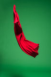 Rode stof in de lucht stock foto