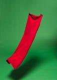 Rode stof in de lucht royalty-vrije stock foto's