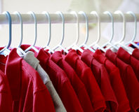 Rode t-shirts Royalty-vrije Stock Foto
