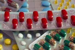 Rode tabletten Royalty-vrije Stock Foto