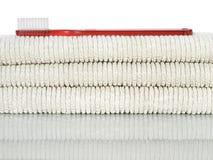 Rode tandenborstel en handdoeken Stock Afbeelding