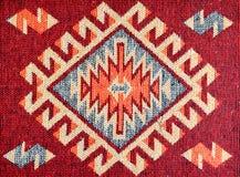 Rode tapijtstof met modellen royalty-vrije stock foto's