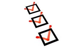 Rode tekenscheckboxes controlelijst royalty-vrije stock afbeeldingen