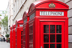 Rode telefooncellen Stock Afbeelding