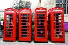Rode telefooncellen in Cambridge Royalty-vrije Stock Afbeeldingen