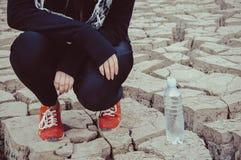 Rode Tennisschoenen Stock Foto