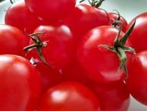 Rode tomaten Helderheid, sappigheid, smaak royalty-vrije stock fotografie