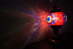 Rode Turkse lamp Stock Foto