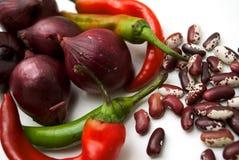 Rode ui, Spaanse peperspeper en snijbonen, het sluiten Stock Foto's