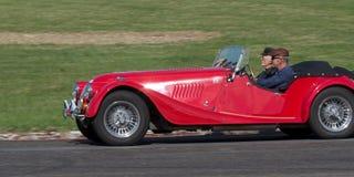 Rode Uitstekende Auto Stock Fotografie