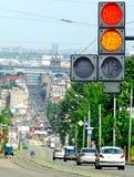 Rode verkeerslichten op de straat Stock Afbeelding
