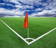 Rode vlag in een voetbalgrond Royalty-vrije Stock Foto