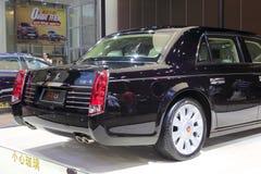 Rode vlagl5 sedan, 900.000 van aanbiedings$ Stock Fotografie