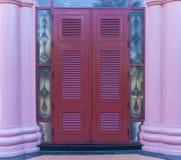 Rode voordeur Royalty-vrije Stock Afbeelding