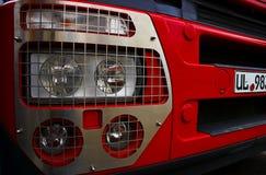 Rode vrachtwagen royalty-vrije stock foto's
