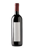 Rode wijnfles die met leeg etiket wordt geïsoleerde. Royalty-vrije Stock Fotografie