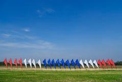 Rode, witte en blauwe vlaggen Stock Foto's