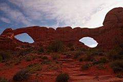 Rode Woestijn bij Zonsondergang Royalty-vrije Stock Afbeeldingen