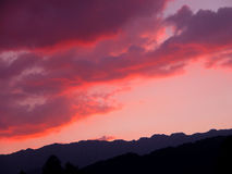 Rode wolken Stock Fotografie