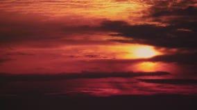 Rode wolken en atmosfeer op Mars stock footage