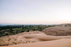 Rode zandduinen in Muine, Vietnam Stock Foto's