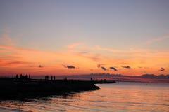 Rode zonsondergang op het overzees royalty-vrije stock foto