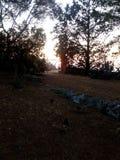 Rode zonsondergang in ostuni van Puglia stock foto