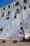 Проход. Rodi Garganico. Апулия. Италия. стоковое изображение