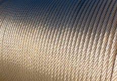 Rodillo de acero del cable en el sol Imagenes de archivo
