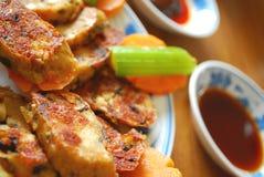Rodillo de carne vegetariano frito Fotografía de archivo