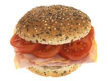 Rodillo de pan del jamón y del tomate Imagen de archivo libre de regalías