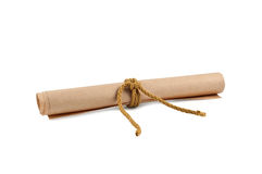 Rodillo de papel aislado en blanco. Fotografía de archivo