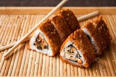 Rodillo de sushi japonés Imagenes de archivo
