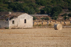 Rodillo del heno en el país 5 Fotos de archivo libres de regalías