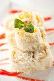 Rodillo dulce del sushi de la fruta Imágenes de archivo libres de regalías