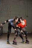 Rodillo femenino Derby Skaters Posing Fotografía de archivo